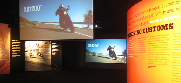 Harley Designing Customs thumb